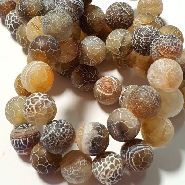 Matted agate brown color with fire-crackle effect 10mm on 38-40cm string