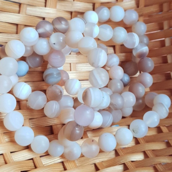 Natural matted agate beige color beads 8mm on 38-40cm string