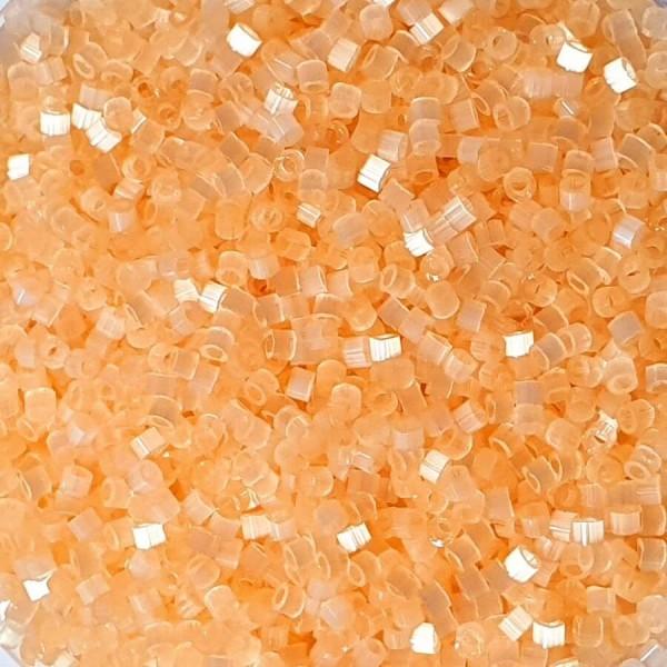 11/0  Delica Pale Apricot Silk Satin 5g