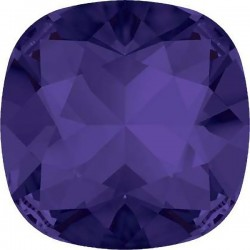 SWAROVSKI 4470 10mm Cushion Fancy Stone Purple Velvet F (x1)