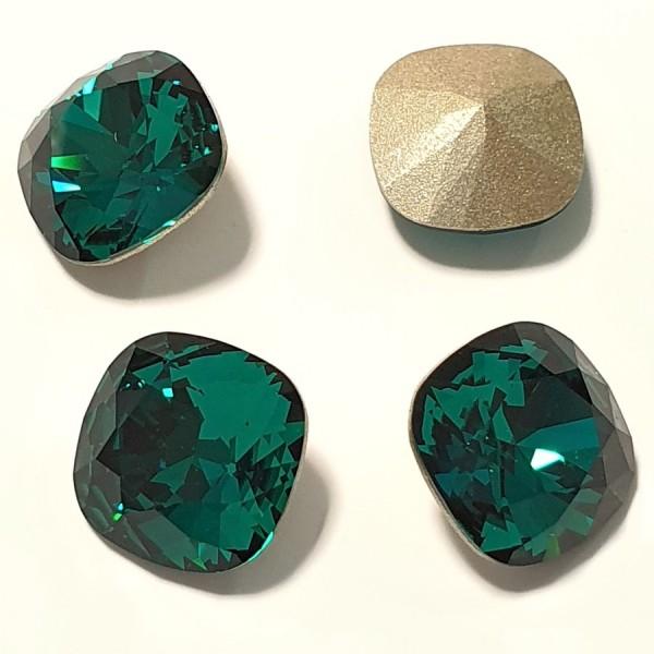 4470 10mm Cushion Fancy Stone Emerald (205) F (x1)