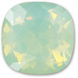 SWAROVSKI 4470 10mm Cushion Fancy Stone Chrysolite Opal F (x1)