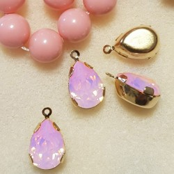 4320 14x10mm Rose Water Opal F Pear shape Fancy stone in setting w/loop, gold plt (x1)